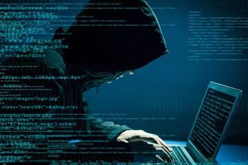 Кіберполіція Закарпаття вирахувала чоловіка, який крав гроші з електронних гаманців громадян
