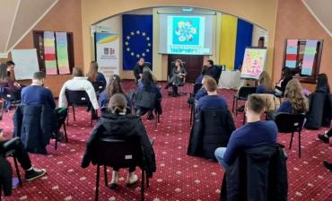 В Закарпатье талантливые юноши и девушки региона собрались в Ужгороде