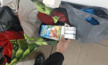 """Міжнародна """"четвірка"""" спробувала подолати пункт пропуску на кордоні Закарпаття з вантажем контрабандних сигарет"""