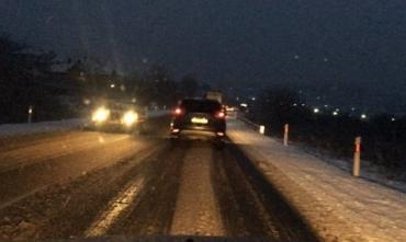 """В Закарпатье """"первый снег"""" вызвал кучу аварий на дорогах"""