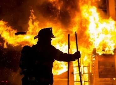 На Закарпатті гасили пожежу в одному з інститутів Ужгородського нацуніверситету