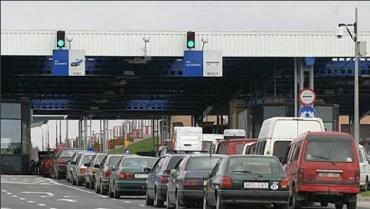 Закарпаття з Євросоюзом розділяє не лише кордон, але й автомобільні черги!