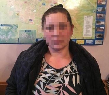24-річна закарпатка поцупила гаманець із євровалютою у жительки міста Лева