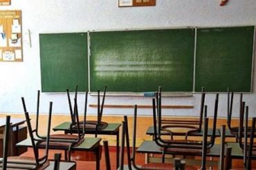Закарпаття і COVID-19: школи Хустщини пішли на двотижневий карантин!