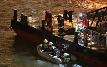 В Венгрии на Дунае затонул корабль с туристами