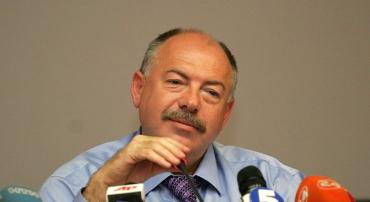 Бывший генеральный прокурор Украины Святослав Пискун съехал с государственной дачи в Конча-Заспе.