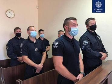 Во Львове патрульных судили из-за смерти парня в казино