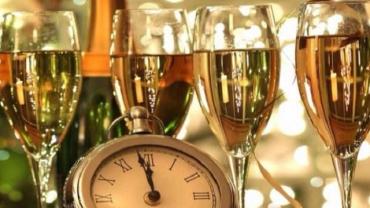 Алкогольные традиции в разных странах в новогоднюю ночь