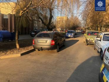 В Закарпатье разыскивают очевидцев ДТП: Land Cruiser протаранил авто и скрылся