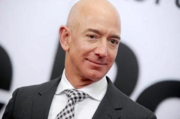 Forbes опубликовал список богатейших людей планеты 2021 года - Джефф Безос