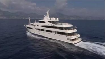 Личная яхта Медведчука арестована в Херсоне