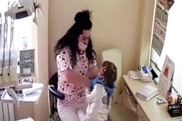 Врач-садист: В Ровно стоматолог во время лечения избивала детей