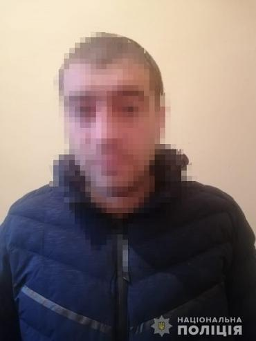 Разбойное нападение в Закарпатье: В Чопе грабитель избил и отобрал мобильный телефон у местного жителя