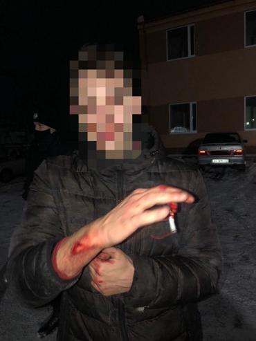 "В Ужгороде поймали ""розбійників"", которые влезли в здание аэропорта"