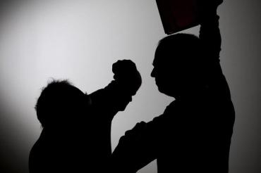 Семейные разборки в Закарпатье: в ход пошел штык-нож