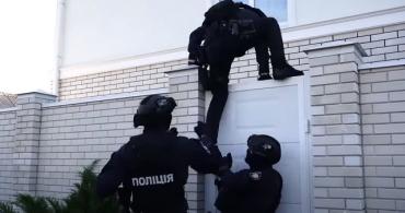 В Украине поймали хакеров, нанесших иностранным компаниям убытков на пол миллиарда долларов
