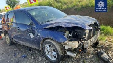 В Закарпатье ищут очевидцев аварии: Авто Mazda обнаружили в кювете
