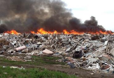 В Закарпатье произошли пожары на свалках бытовых отходов