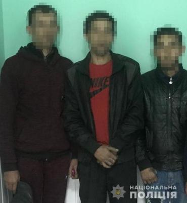 На Закарпатье группу молодых цыган в два счета рассекретили полицейские
