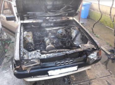Два транспортні засоби згоріли на Закарпатті — жертв немає