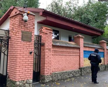 Избирательный участок в консульстве России во Львове ..19.09.2021. Шел 8 год русско-украинской войны