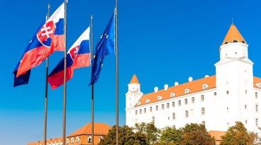 COVID-19: Словакия, чтобы продлевать ЧП, внесет правки в конституцию