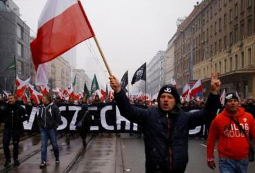 Трьом полякам загрожує 10-12 років в'язниці за підпал Спілки угорців у столиці Закарпаття