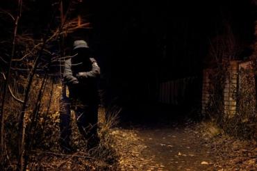 Украинец, сняв насильника с жены, превратил его «мужское достоинство» в месиво