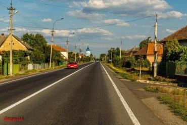В Закарпатье под колесами микроавтобуса оказался пешеход