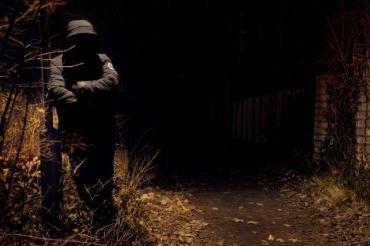 """Ночное """"убийство"""" в Мукачево: Мертвого человека нашли в луже собственной крови"""