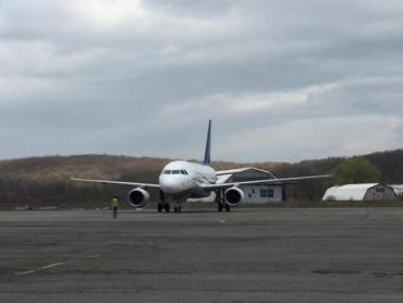 В Закарпатье опровергают отмену авиасообщения из Ужгорода в Киев