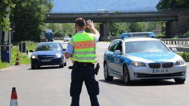 Погані новини: У Євросоюзі продовжують масово затримувати заробітчан з України