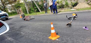 В Закарпатье мотоциклист наехал на велосипедиста - двое пострадавших