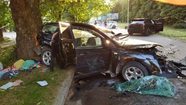 В Закарпатье вечером столкнулись легковушка и внедорожник: Появилась информация о пострадавших