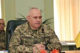 Хомчак призывает местные власти не создавать военизированные формирования