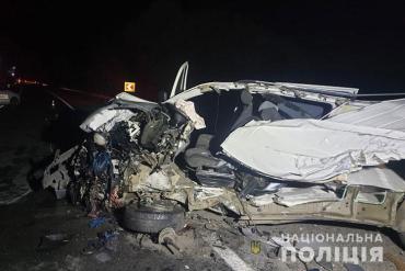 Умер на месте: Дальнобойщик на фуре протаранил машину водителя из Закарпатья
