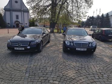 В Закарпатье роскошные иномарки из венгерских консульств плевали на все ПДД