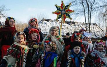В Харьковской области девочка пришла щедровать, а попала в руки педофила