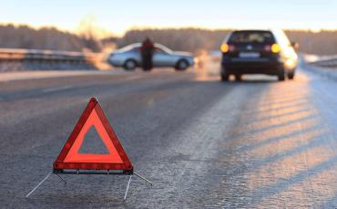 Ни свет, ни заря: В Закарпатье разбились две машины