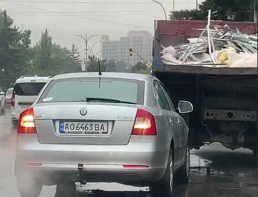 В центре Ужгорода ДТП: На улице пробка, а виновник - человек в возрасте