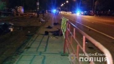 Погибли все, кто стоял на остановке: смертельное ДТП в Одессе