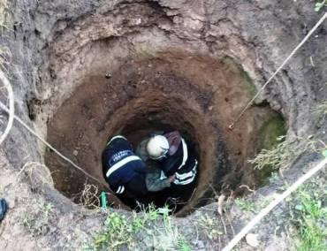 На Полтавщине трое бедолаг погибли в выгребной яме