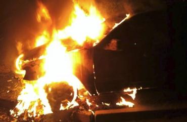 """На Закарпатье """"Ford"""" сгорел в считанные минуты"""