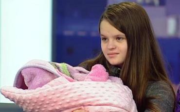12 летняя мать рассказала кто настоящий отец ее ребенка