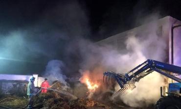 В Закарпатье масштабный пожар не могли усмирить больше 3 часов