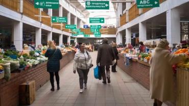 Рынок в центре Ужгорода поменял график работы на время карантина