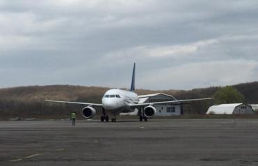 Зеленский обсудил с президентом Словакии возможное будущее аэропорта в Ужгороде