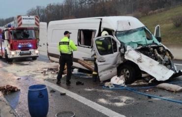 В Словакии снова смертельное ДТП с украинцами - один пассажир трагически умер на месте