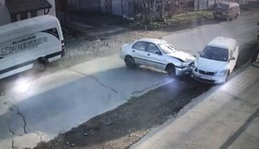 В Закарпатье невменяемая мадам поставила под угрозу жизни 2 детей