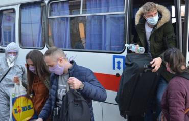 С завтрашнего дня в Закарпатье разрешили работу всего транспорта